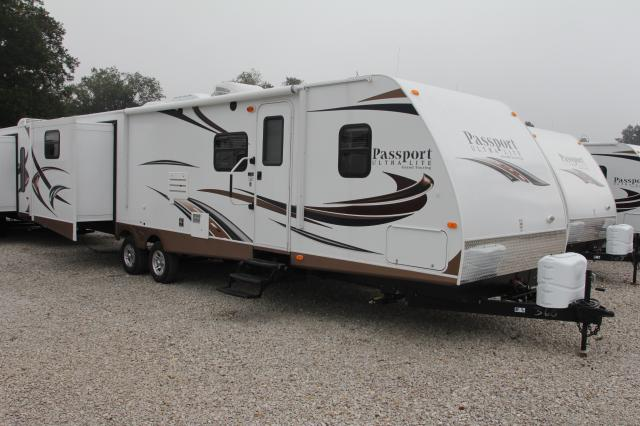 2014 KEYSTONE PASSPORT ULTRA LITE 3290BH