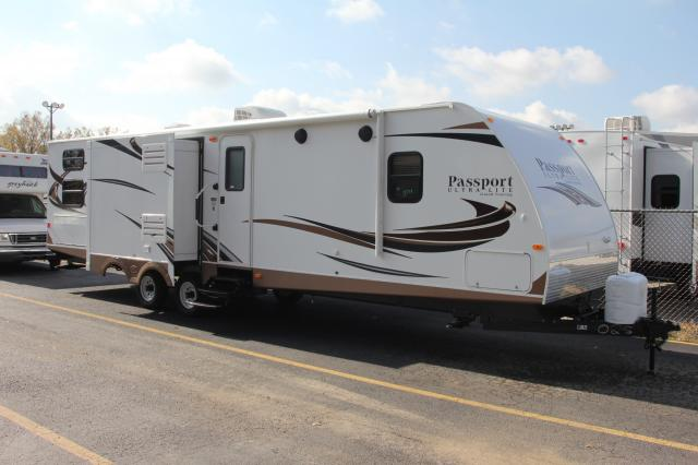 2014 KEYSTONE PASSPORT ULTRA LITE 3320BH