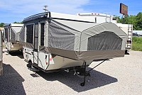 2017 FOREST RIVER FLAGSTAFF 206LTD