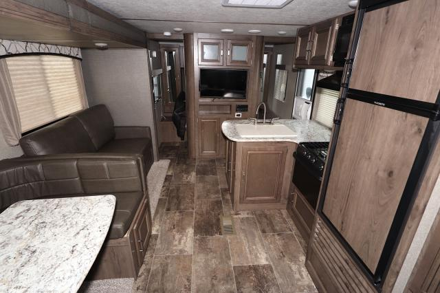 2019-KEYSTONE-PASSPORT-GRAND-TOURING-ULTRA-LITE-2670BH-10156-83402.jpg